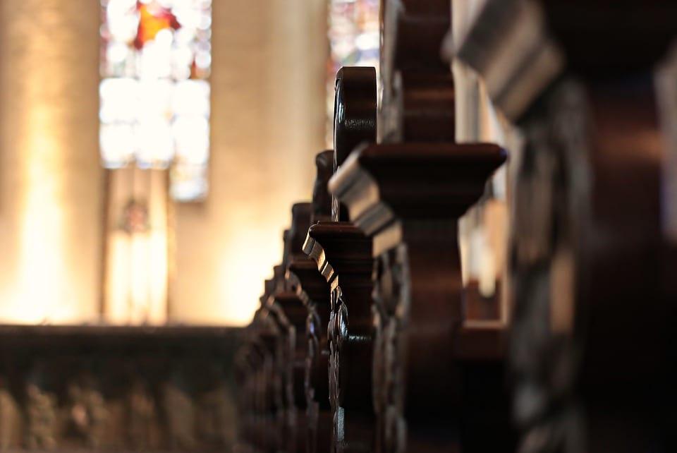 church-pews-2401405_960_720
